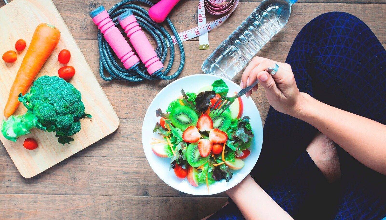 Slimming 100 looduslikud maitsetaimed Madal kilpnaarme ja kaalulangus